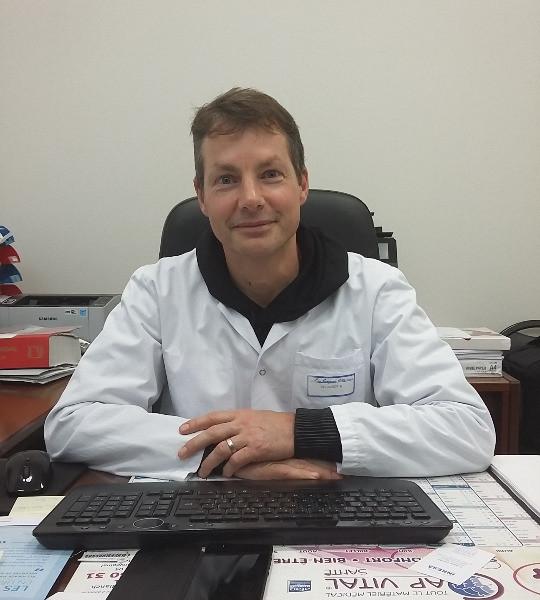 Dr HARDT Bernard
